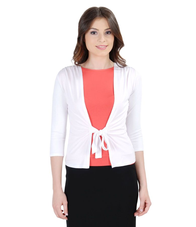 White jersey blouse tied with cord