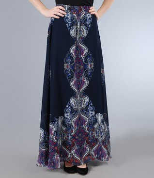 Long skirt in print veil