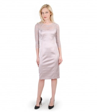 Elastic satin dress with lace trim