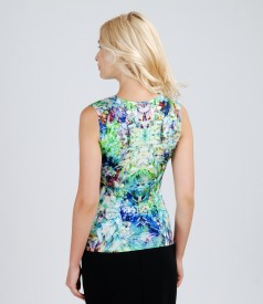 Printed elastic t-shirt with folds