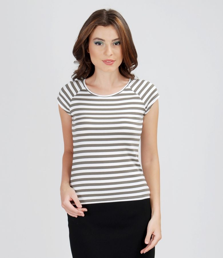 Printed elastic jersey t-shirt with raglan sleeves