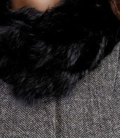 Natural fur collar