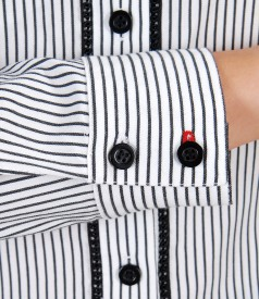 Elastic cotton shirt with stripes and trim