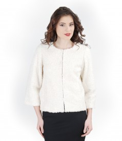 Jacket from looped fabric with pockets