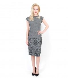 Elegant dress from stretch fabric with floral paterns