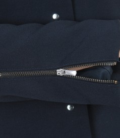 Jacket with pockets and metal targets