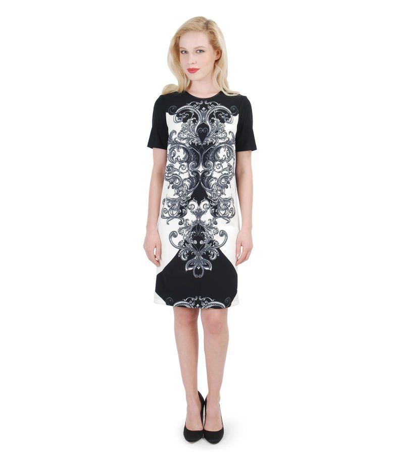 Elegant dress with floral patterns