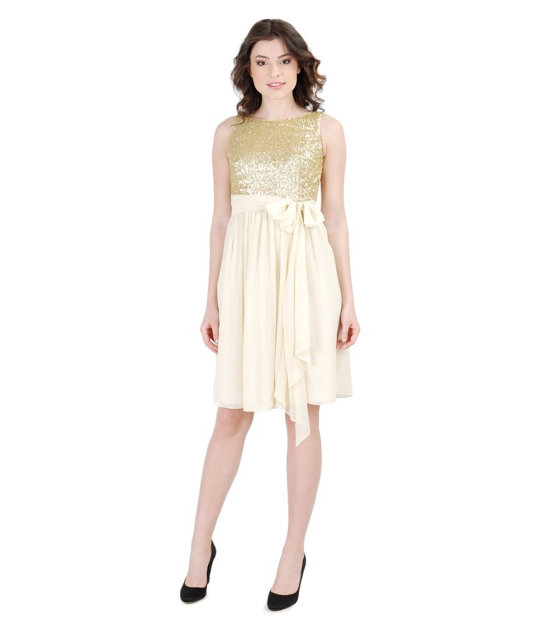Short evening dress with sequined corsage