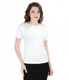 Elastic jersey t-shirt with wrinkled shoulders