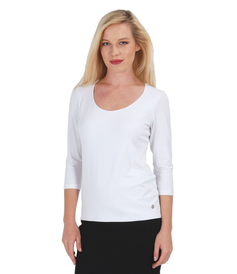 Jersey t-shirt with deep neckline