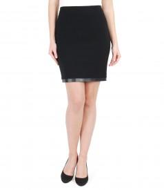 Short elastic fabric skirt full trimmed