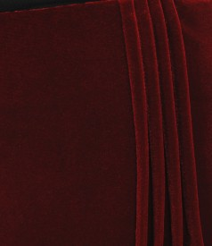 Elastic velvet flared skirt with folds