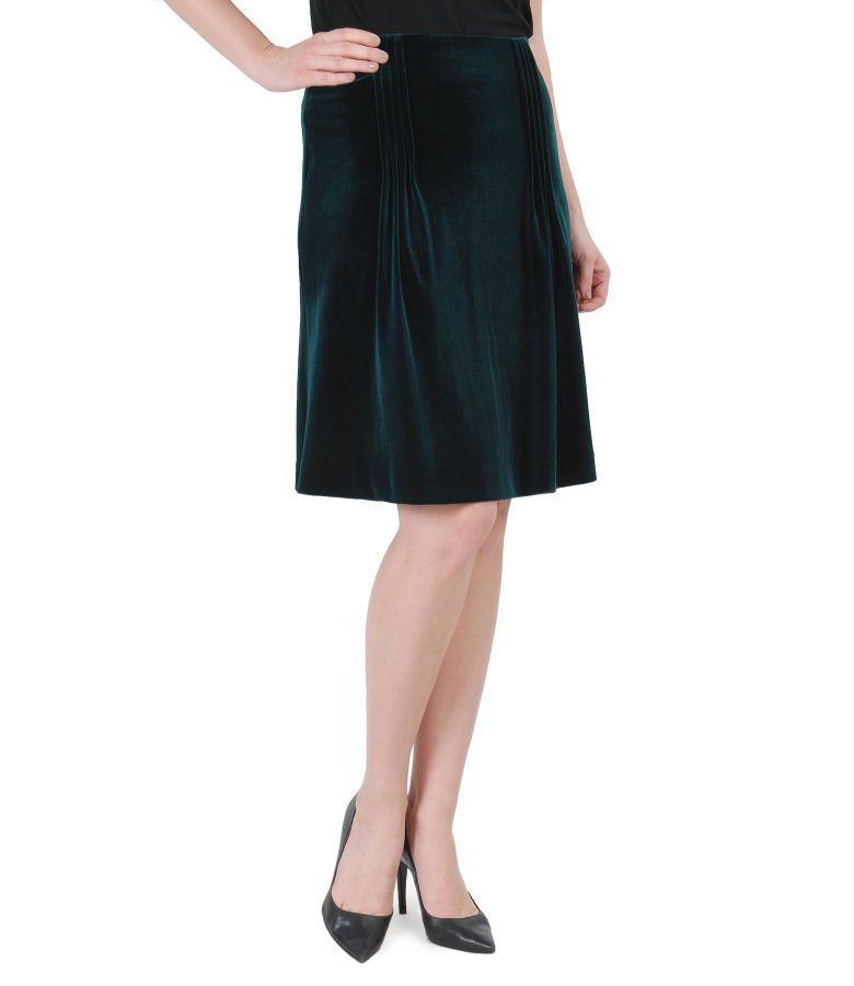 Elastic velvet skirt with folds