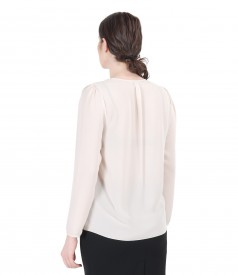 Veil blouse with folds