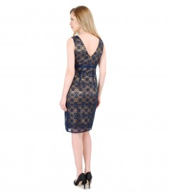 Elastic lace dress with bow