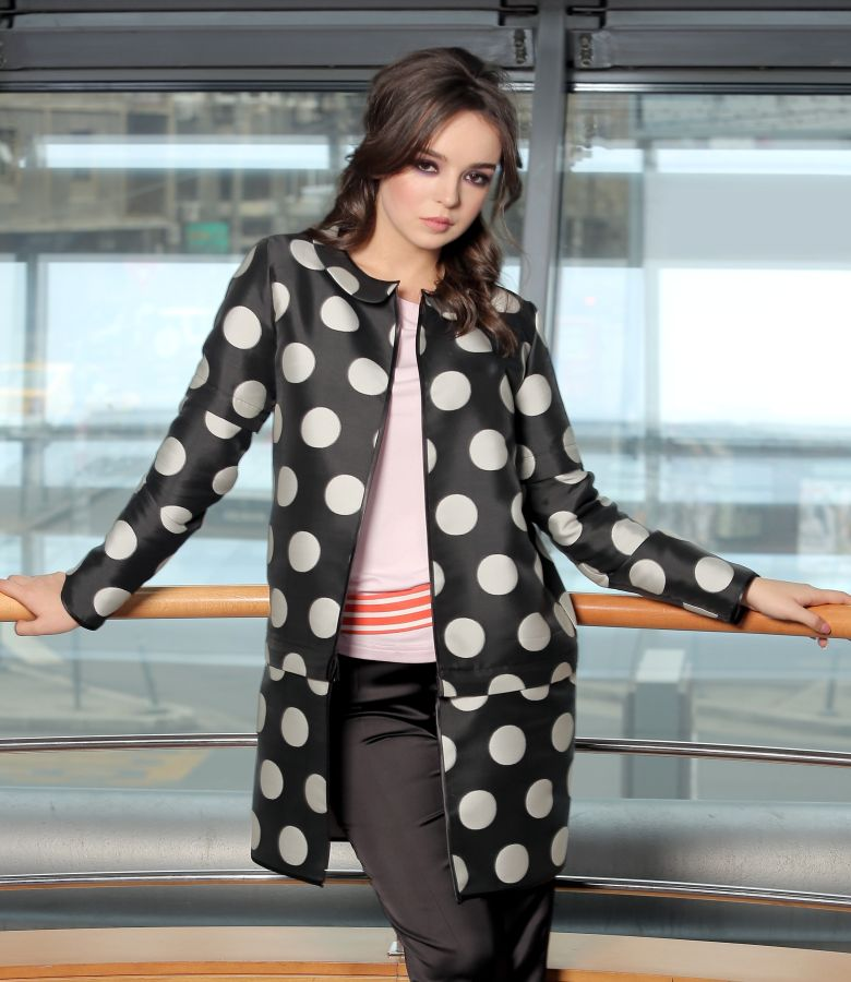 Double jacket printed with dots