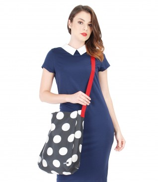 Bag printed with dots
