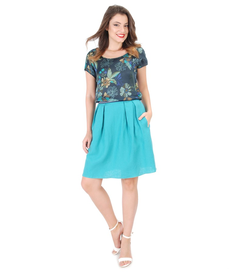 Casual outfit with flax skirt and floral printed blouse