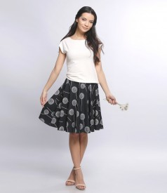 Circle skirt with floral motifs