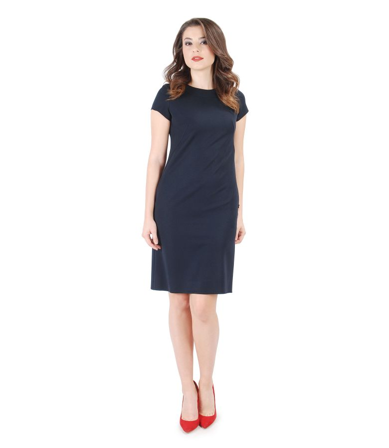 Elastic viscose dress with short sleeves