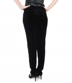 Elastic velvet trousers with pockets