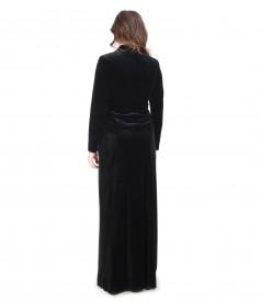 Long skirt and black elastic velvet jacket