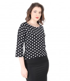 Elegant blouse made of elastic jersey with polka dots