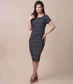 Elegant dress made of elastic corrugated cotton