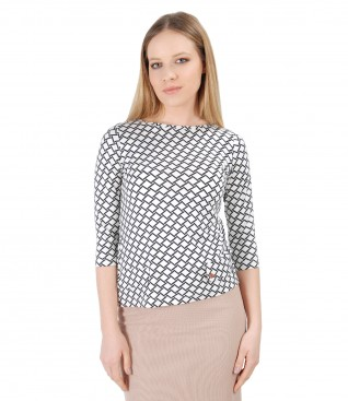 Elegant blouse made of jersey printed with stripes