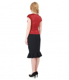 Elegant outfit with elastic jersey blouse and skirt with frill