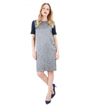 Casual dress with front made of viscose