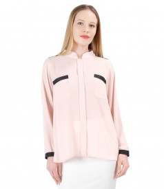 Elegant blouse with long sleeves