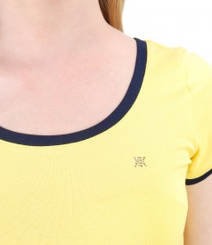 Elastic jersey t-shirt with trim