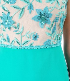 Evening dress with corsage with sequins