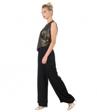 Elegant outfit with viscose pants and veil blouse with pearly effect
