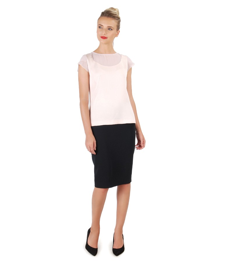 Elegant outfit with tapered skirt and viscose blouse