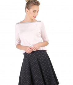Casual outfit with flaring skirt and elastic jersey blouse