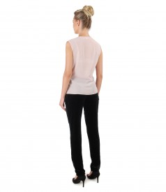 Elastic velvet pants with blouse made of pearly material