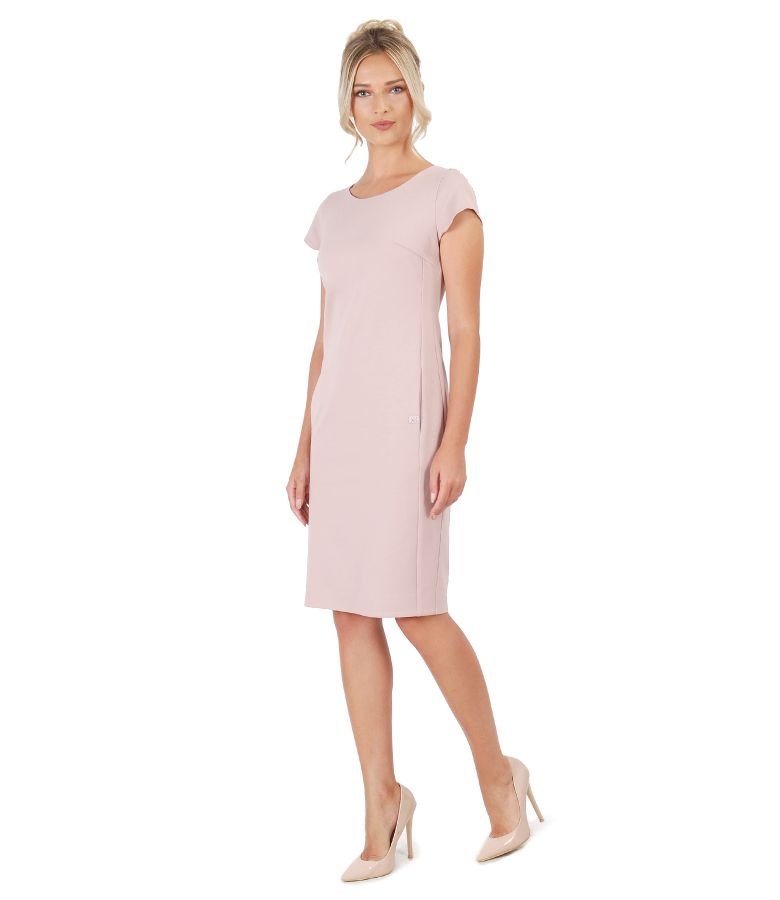 Elegant dress with side pockets