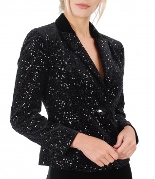 Elegant velvet jacket with sequins