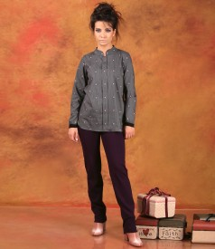 Elastic jersey pants with blouse made of embroidery cotton with floral motifs