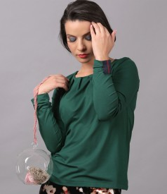 Elegant elastic jersey blouse with long sleeves