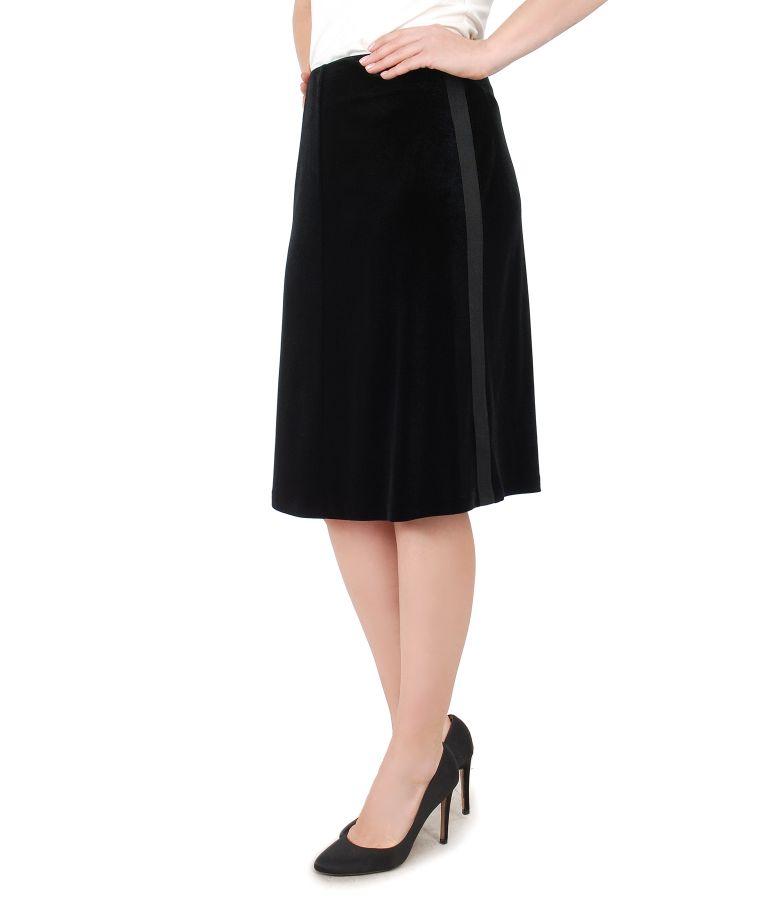 Flaring skirt made of elastic velvet