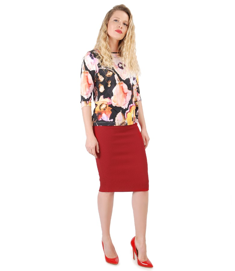 Jersey blouse with floral print and tapered skirt