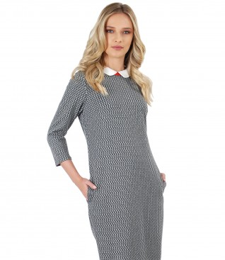 Elastic jersey dress with collar and pockets