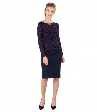 Elegant outfit with blouse with long sleeves and tapered skirt with elastic trim