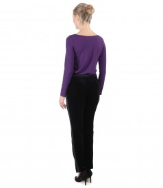 Blouse with long sleeves made of elastic jersey and velvet pants