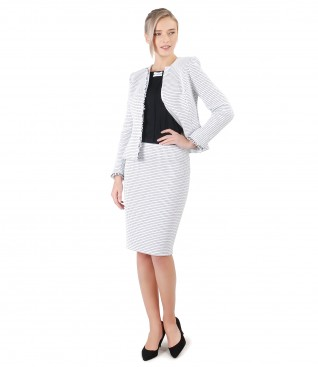Costum office dama cu sacou si fusta din bucle cu bumbac