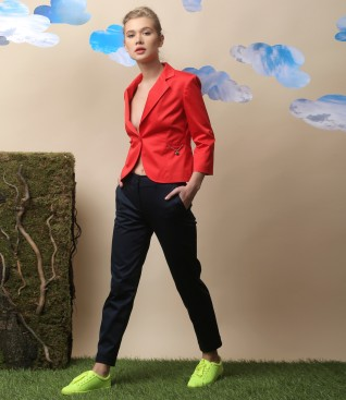 Casual outfit with jacket and elastic cotton pants