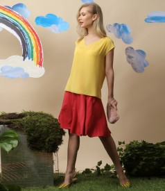 Casual outfit with veil blouse and flaring skirt made of elastic jersey